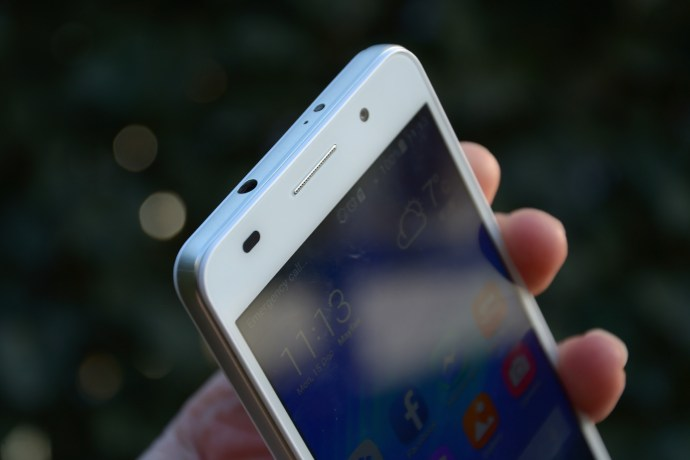 Huawei Honor 6 review - front top