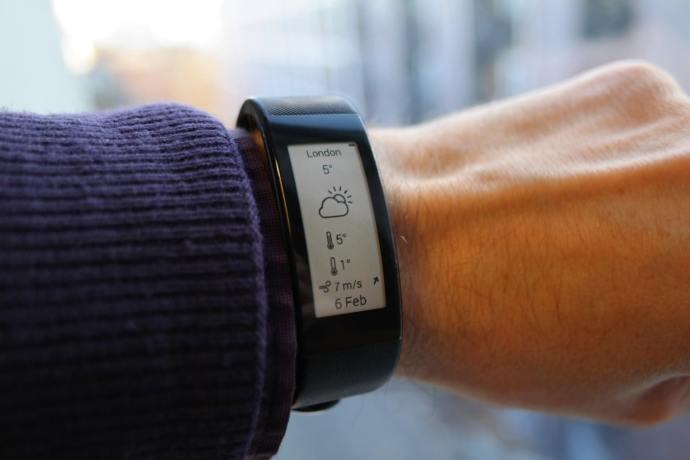 Sony SmartBand Talk - weather app
