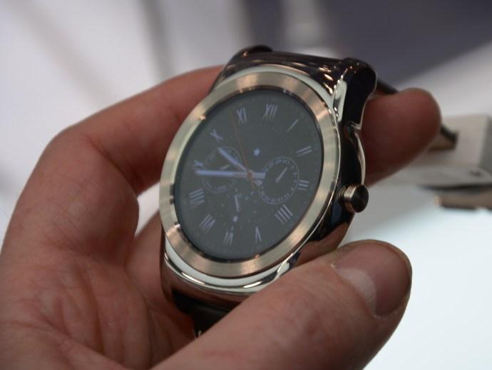 LG Watch Urbane - front