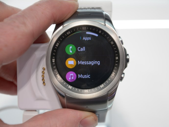 LG Watch Urbane LTE - showing apps
