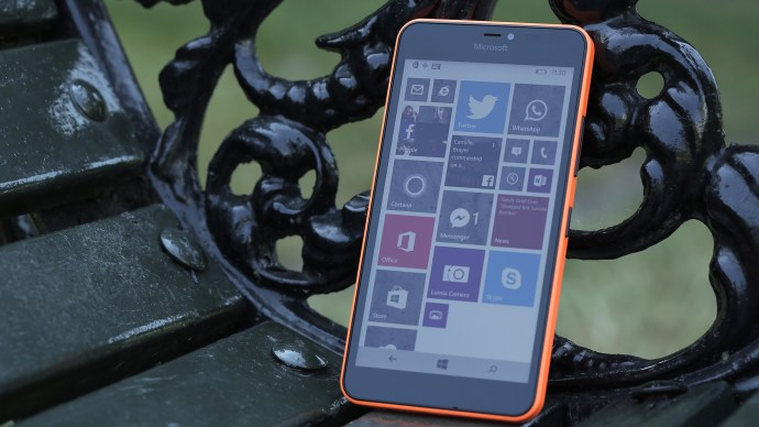 Microsoft Lumia 640 XL review: Front, facing left