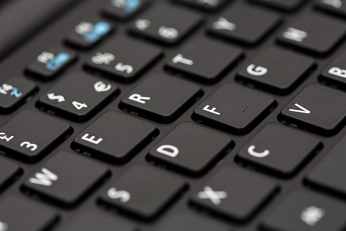 Acer Aspire Switch 10 E review: Keyboard close-up