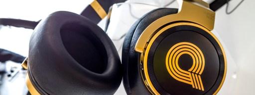 akg-n90q-side-on-gold-model