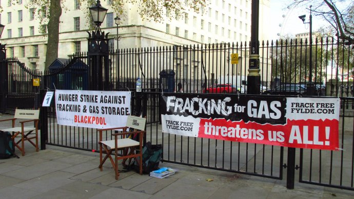 fracking_protest_london