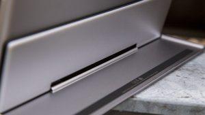 Google Pixel C review: Keyboard hinge blade