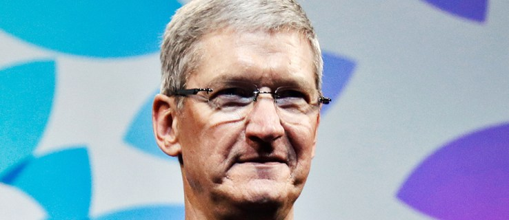 """Tim Cook disagrees with Donald Trump's response to Charlottesville: """"Hate is a cancer"""""""