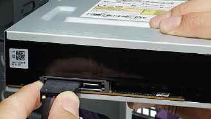 connect-sata-power-connector-to-optical-drive