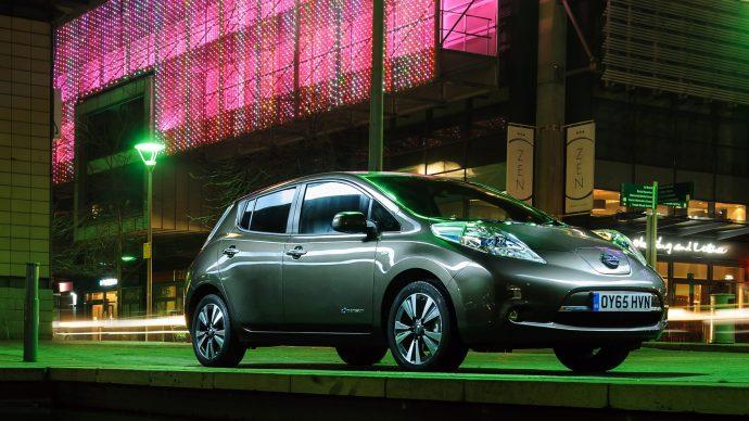 Hacker controls Nissan Leaf using smart phone app vulnerability