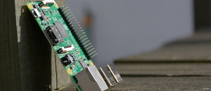 Raspberry Pi 3 review: A faster processor plus Bluetooth and built in Wi-Fi take the Pi to the next level