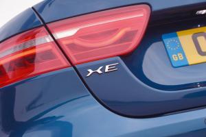 jaguar_xe_exterior_4