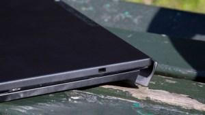 Dell XPS 12 closed closeup