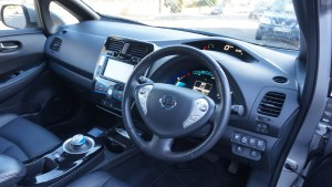 nissan_leaf_interior_review_5