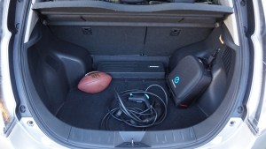 nissan_leaf_review_bootspace_2