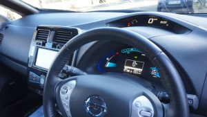 nissan_leaf_review_interior