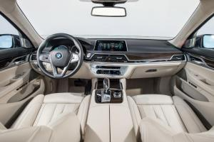 bmw_7_series_review_2015_29