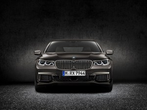 bmw_7_series_review_2015_3