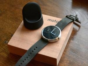 Motorola Moto 360 and box