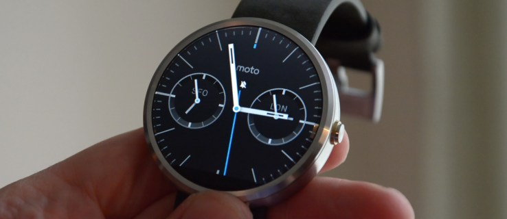 Motorola Moto 360 review: 1st gen smartwatch is now cheaper than ever