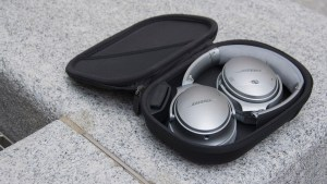 Bose QuietComfort 35 in case