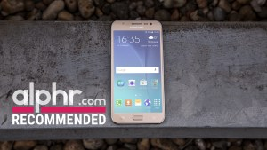 Samsung Galaxy J5 with award