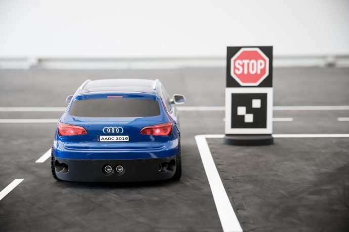 audi_connected_cars_here_maps_swarm_3