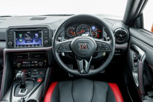 2017_nissan_gt-r_review_17