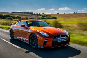 2017_nissan_gt-r_review_5