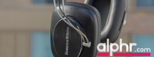 bowers-wilkins-p7-wireless-with-award