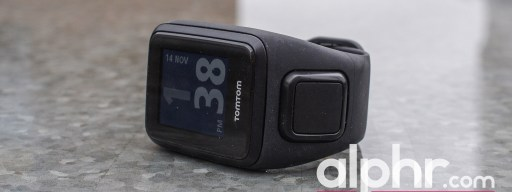 tomtom-spark-3-with-award