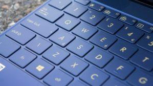 Asus ZenBook 3: Keyboard labels