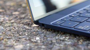 Asus ZenBook 3: Headphone socket at the left-hand side