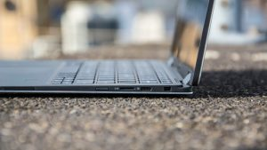 Dell XPS 13 2-in-1 ports (right)
