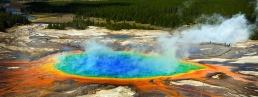 bigstock-grand-prismatic-pool-at-yellow-181346257