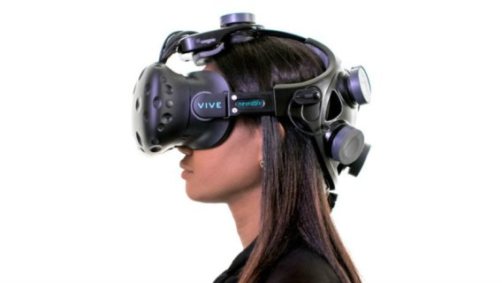 FOVE0 eye-tracking headset gets new features with software