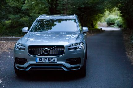 volvo_xc90_t8_r_design_2017_review_1