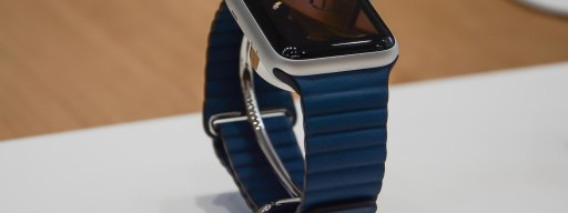 apple_watch_series_3_screen_and_strap