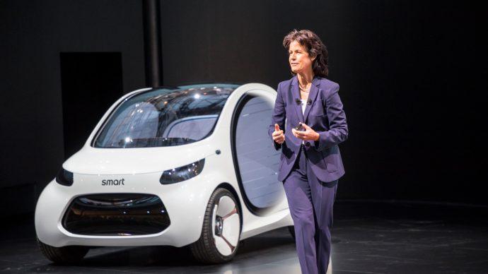 smart_city_car_future_ev_tech_6