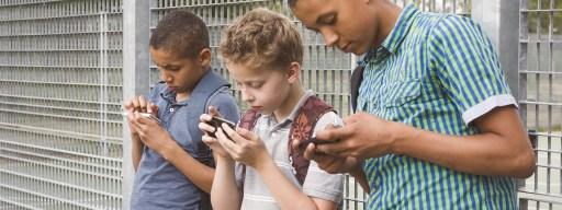 kids_social_media_fake_news