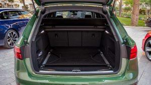 Audi RS4 Avant boot