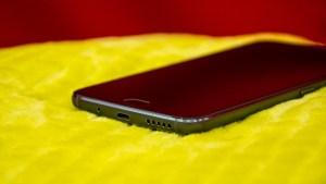 Motorola Moto G5S Plus angled