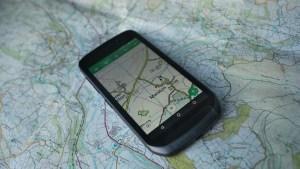 land_rover_explore_smartphone_3