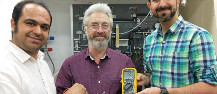 The world's first rechargeable proton battery doesn't create any waste and could solve our reliance on lithium