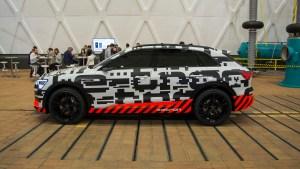 audi_e-tron_concept_car_side