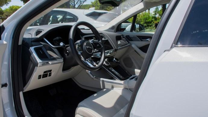 jaguar_i-pace_review_s_interior_shot_cockpit
