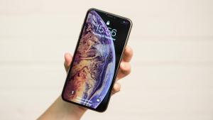 iphone_xs_max_lock_screen