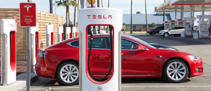 Tesla is now worth more than Mercedes-Benz' owner Daimler