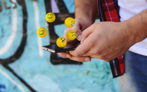 Snapchat: What Does Emoji Next to Name Mean