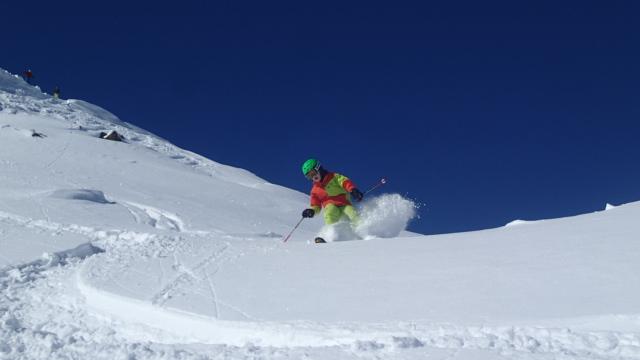 Mike Innen-ski fährt gerne mit