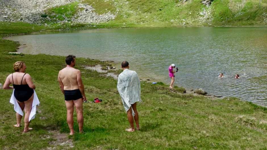 Alpineswimming - wie hier am oberen Bockhartsee in Bad Gastein - wird immer beliebter.