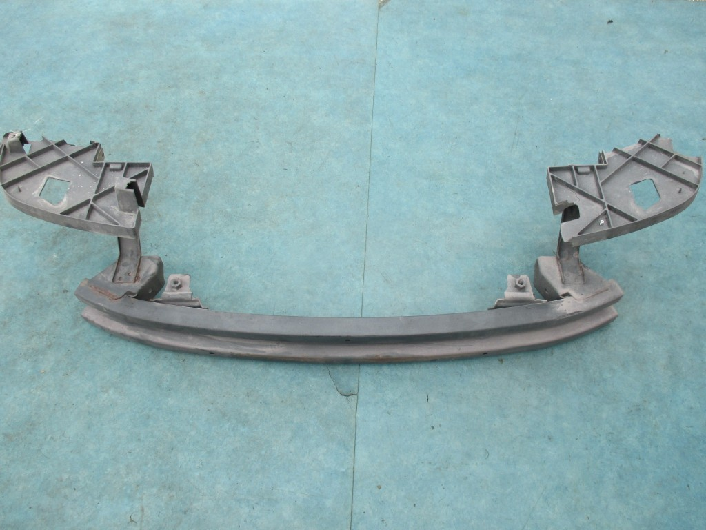 hight resolution of cadillac escalade chevrolet tahoe gmc yukon front bumper